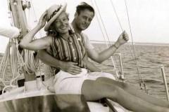 rrr_pat_sailboat_onkeel_orig-240x160