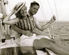 rrr_pat_sailboat_onkeel_orig-240x192