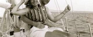 rrr_pat_sailboat_onkeel_orig-320x128