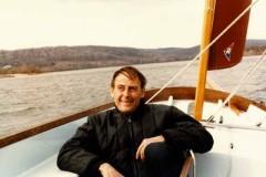 rrr_sailboat_in_winter_orig-240x160