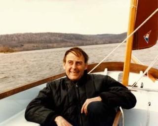 rrr_sailboat_in_winter_orig-320x256